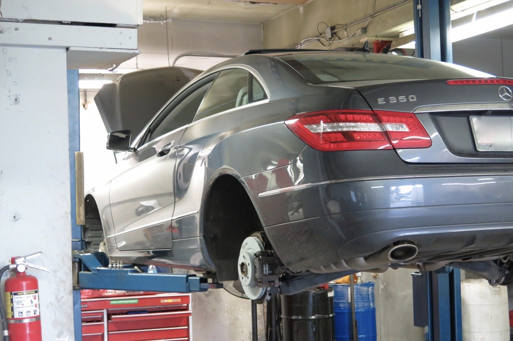 thumb_mercedes benz repair service drive european falls church 1_1024